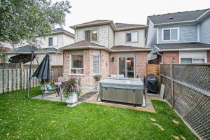 43 Bourbon Place Whitby For Sale